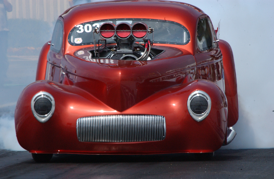 Funny-Cars-Drag-Races-Pomona